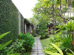 Villa Kayu Lama Bali - Garden