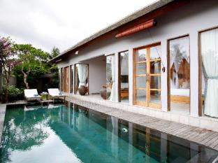 Villa Kayu Lama Bali - Villa