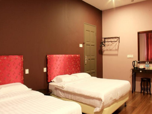 White Cottage Kuching - Queen Suite
