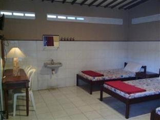 Hotel Legen 2 Baturaden Purwokerto - Bilik Tetamu