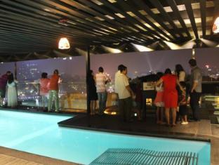 Golden Lotus Luxury Hotel Hanoi - View