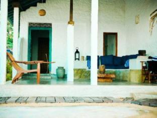 /coco-mari-beach-villa/hotel/hikkaduwa-lk.html?asq=5VS4rPxIcpCoBEKGzfKvtBRhyPmehrph%2bgkt1T159fjNrXDlbKdjXCz25qsfVmYT