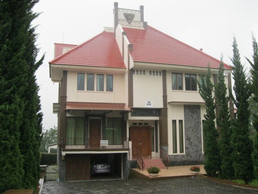 Villa Istana Bunga - Bapak Yuyun