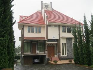 Villa Istana Bunga - Bapak Yuyun Bandung Kota