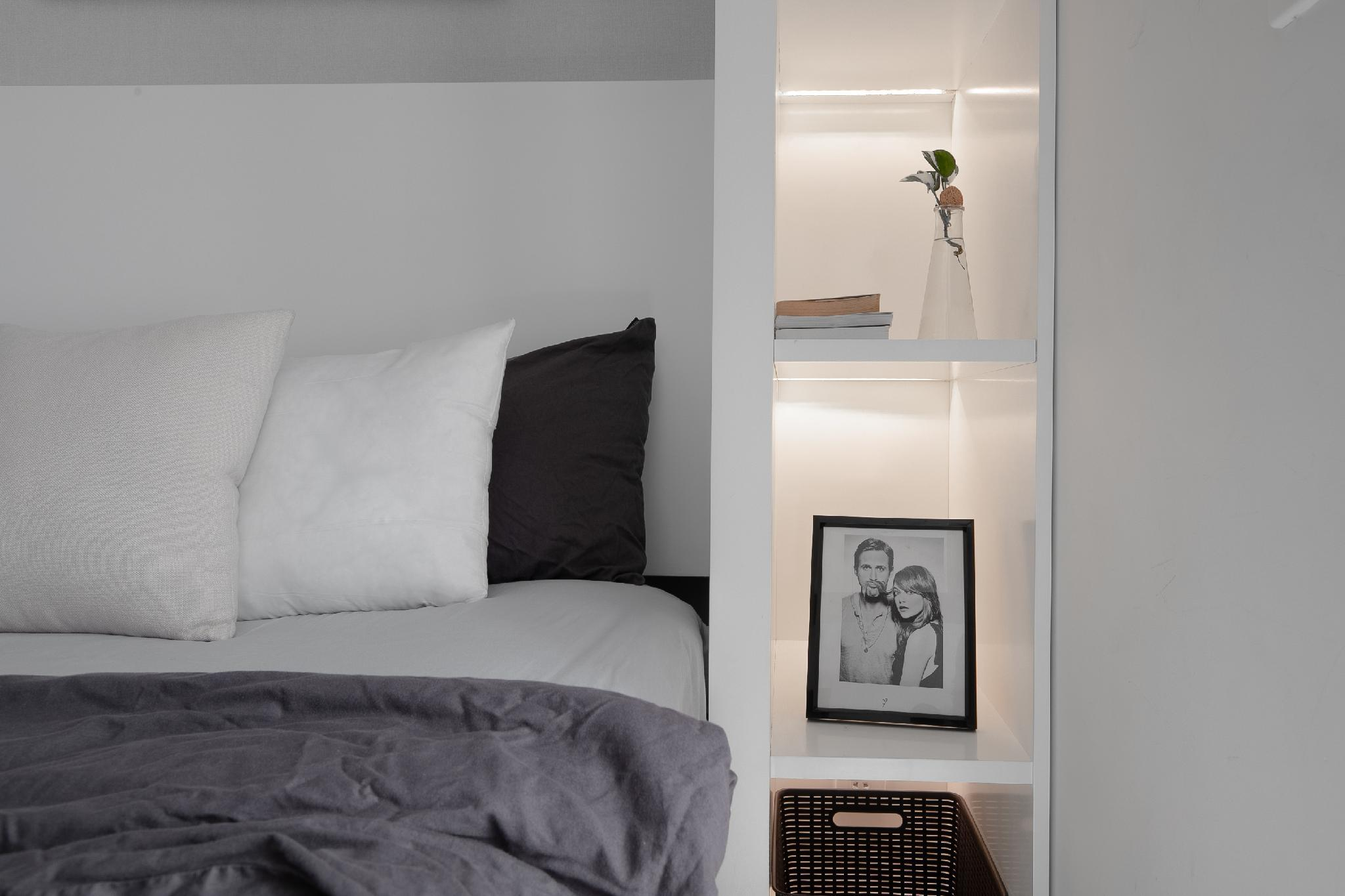 Modern Comfy Studio With Infinity Pool