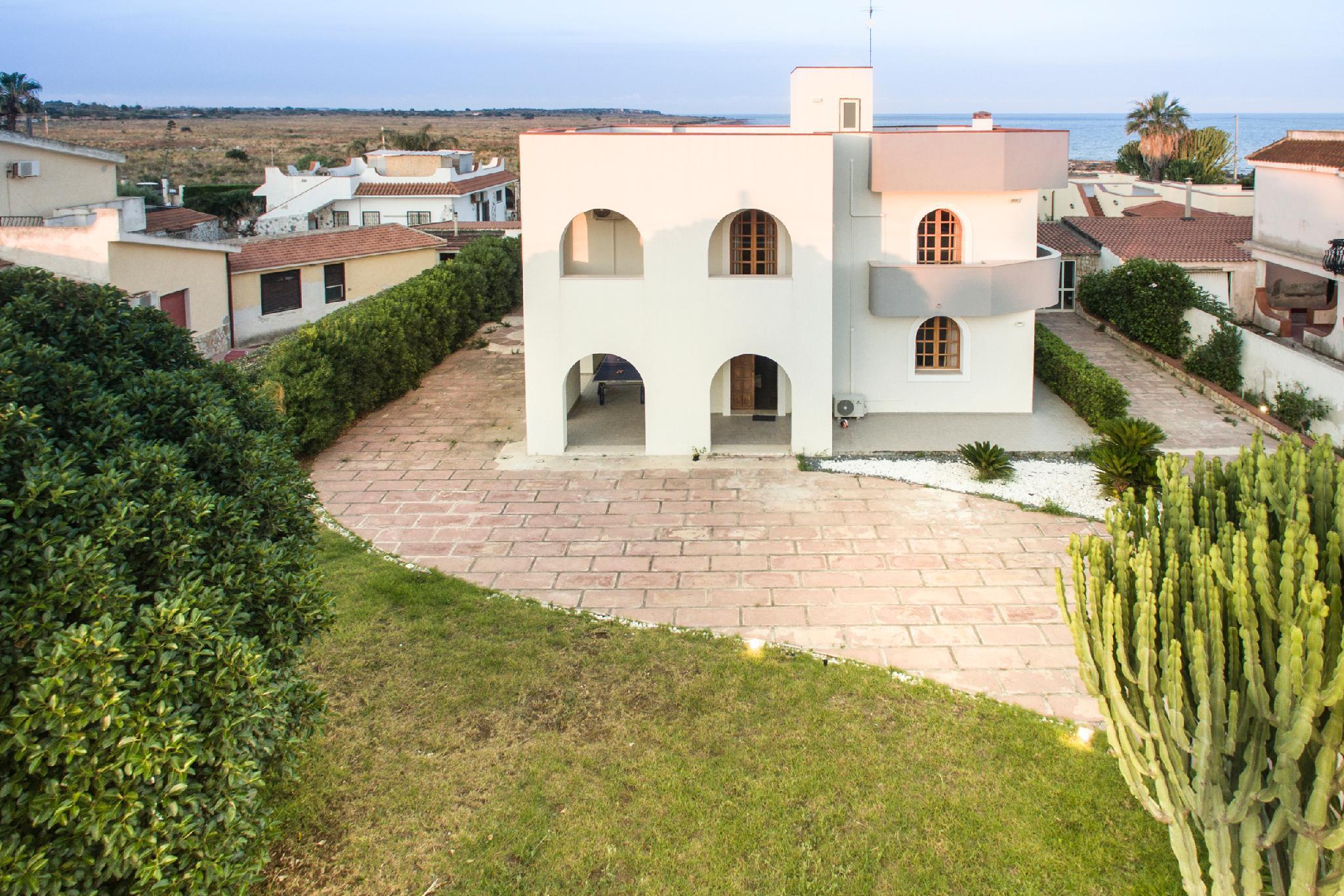 Villa Ad Un Passo Dal Mare