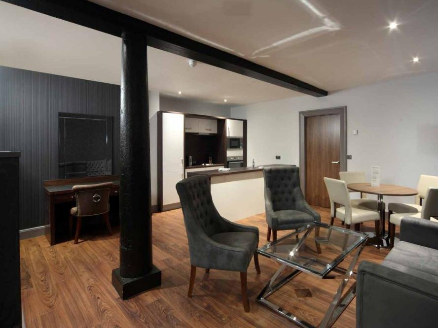 Aparthotel Roomzzz Newcastle City