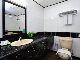 Holiday Villa City Centre Phnom Penh Phnom Penh - Bathroom
