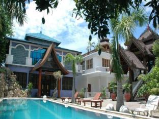 Emerald Land Hotel