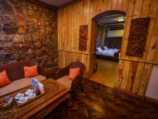 Pine Hill Resort Kalaw - Suite