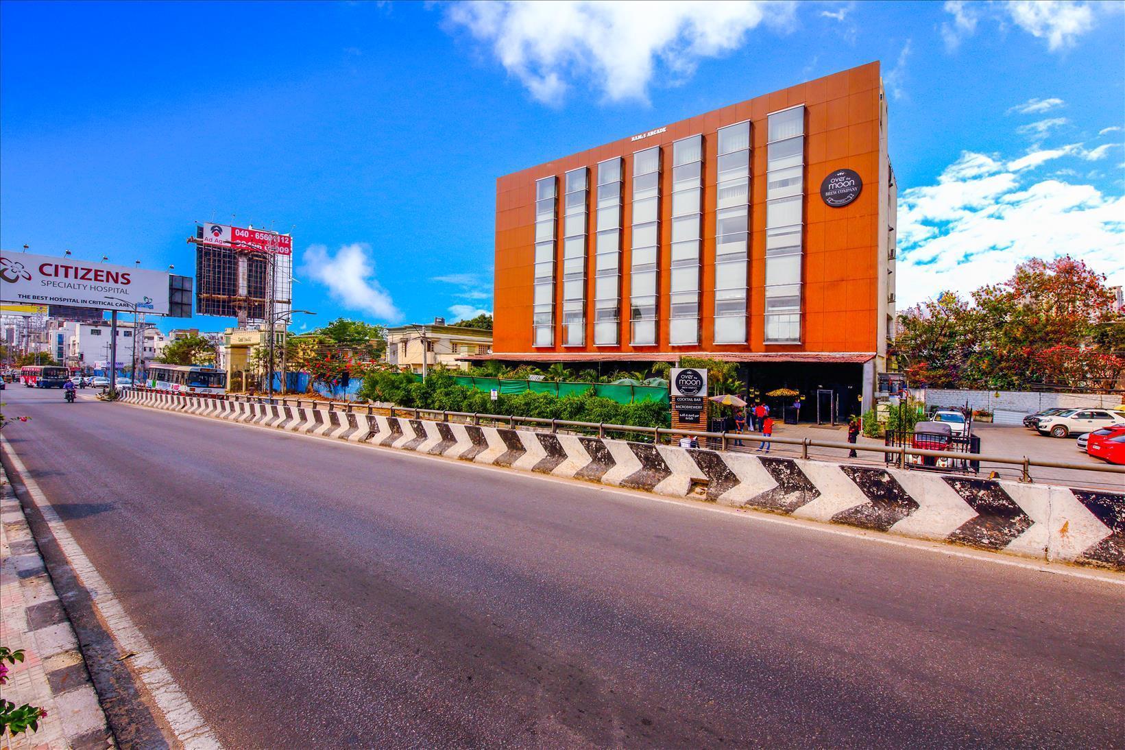 Hotel Mint OTM