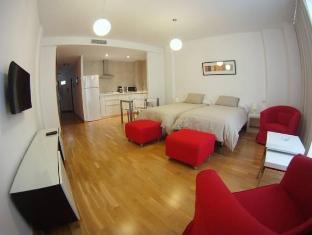 /sv-se/apartamentos-debambu/hotel/malaga-es.html?asq=vrkGgIUsL%2bbahMd1T3QaFc8vtOD6pz9C2Mlrix6aGww%3d