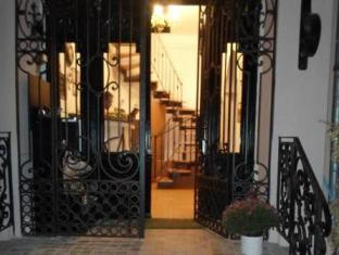 /antique-hostel/hotel/bucharest-ro.html?asq=jGXBHFvRg5Z51Emf%2fbXG4w%3d%3d