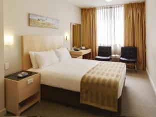 Perth Ambassador Hotel Perth - Deluxe Double Room