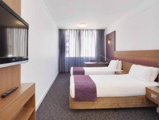 Perth Ambassador Hotel Perth - Premium Deluxe Twin Room