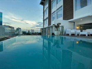 WellCome Hotel Cebu City - Yüzme havuzu