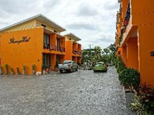 火烈鸟酒店 (Flamingo Hotel)