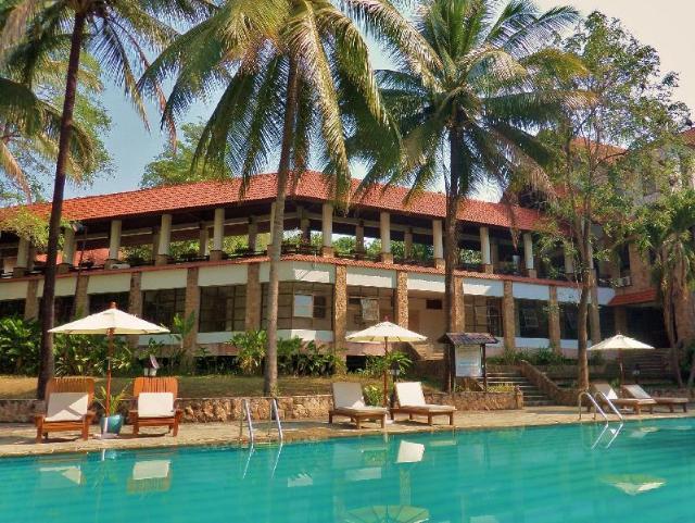 ทรัพย์ไพรวัลย์ แกรนด์ โฮเต็ล แอนด์ รีสอร์ท – Sappraiwan Grand Hotel and Resort