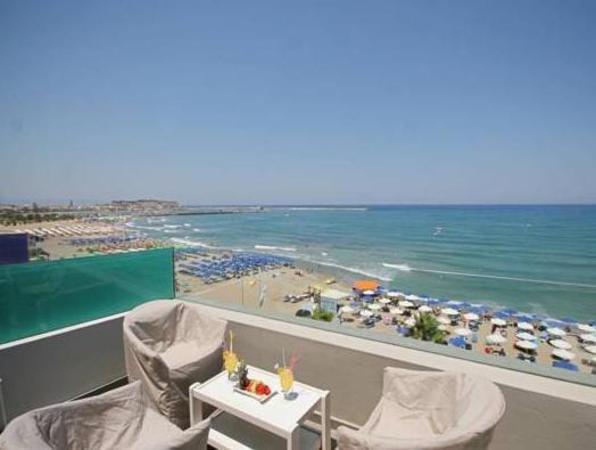 Palm Beach Hotel Apartments Crete Island