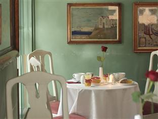 Collector's Lady Hamilton Hotel Stockholm - Bistro Emma