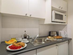 Macleay Serviced Apartments Hotel Sydney - Kitchen