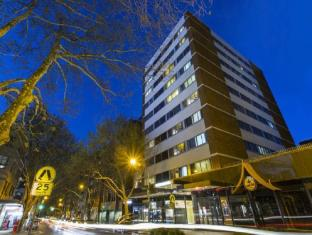 Macleay Serviced Apartments Hotel Sydney - Exterior