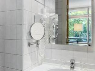 Amsterdam Tropen Hotel Amsterdam - Bathroom
