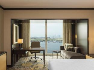 Sheraton Dubai Creek Hotel and Towers Dubai - Guest Room