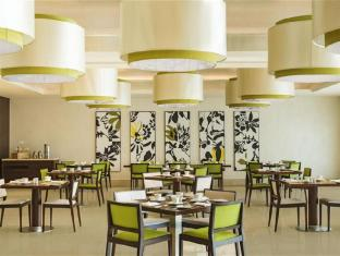 Sheraton Dubai Creek Hotel and Towers Dubai - Coffee Shop/Cafe