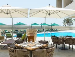 Sheraton Dubai Creek Hotel and Towers Dubai - Swimming Pool