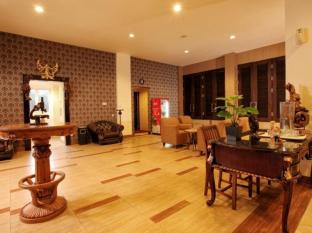 The Victoria Luxurious Hotel Bandung - Lobby