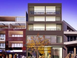 Wyndel Apartments