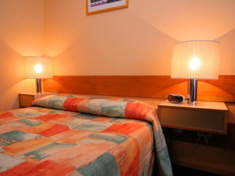 Discount Heemskirk Motor Hotel