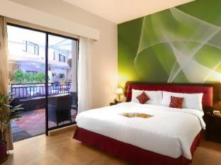 Kuta Central Park Hotel Bali - Deluxe room