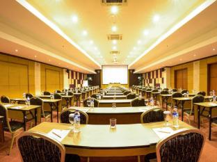 Kuta Central Park Hotel Bali - Meeting Class style