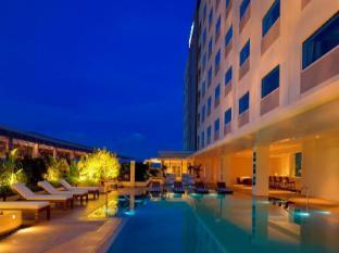 Park Inn by Radisson Davao Davao City - Swimming Pool
