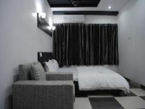 Hotel The Space