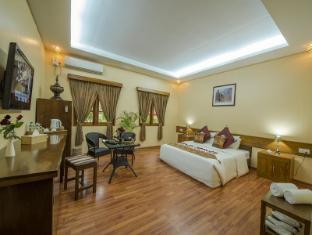 /crown-prince-hotel/hotel/bagan-mm.html?asq=vrkGgIUsL%2bbahMd1T3QaFc8vtOD6pz9C2Mlrix6aGww%3d