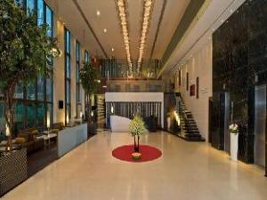 パーク プラザ コルカタ バリーガンジ ホテル (Park Plaza Kolkata Ballygunge Hotel)