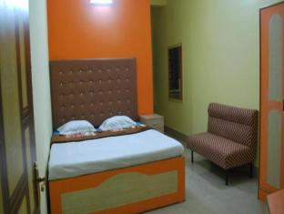 Hotel Mannat International