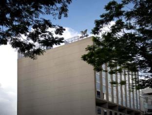 V Hotel Bencoolen Сингапур - Фасада на хотела
