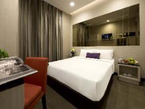 วี โฮเต็ล เบนคูเลน (V Hotel Bencoolen)