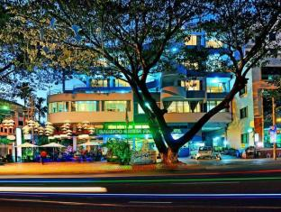 Bamboo Green Riverside Hotel