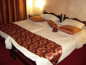 Riviera Hostel
