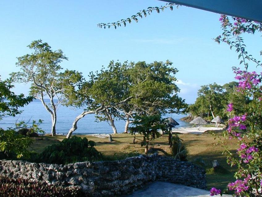 Benjor Beach Club