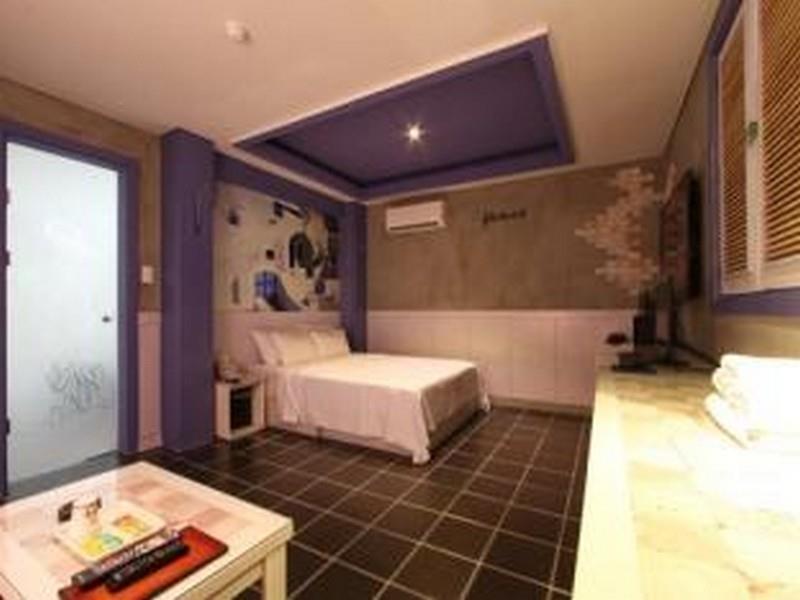Goodstay Hotel C&