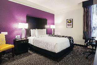 Фото отеля La Quinta Inn & Suites by Wyndham Boston-Andover