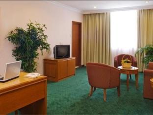 Empress Sepang Hotel Kuala Lumpur - Suite Room