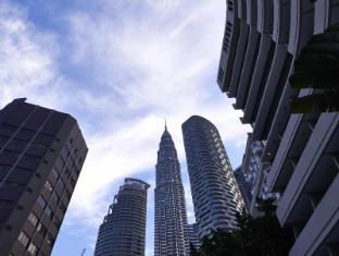 Corus Hotel Kuala Lumpur - View from Pool