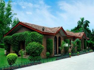 Ashok Country Resort New Delhi and NCR - Exterior